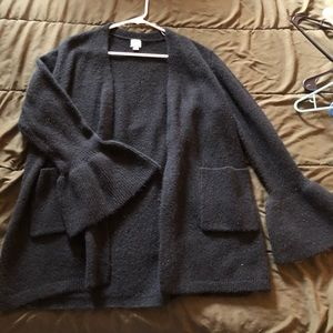 Sweaters - Thick black sweater with bell sleeves